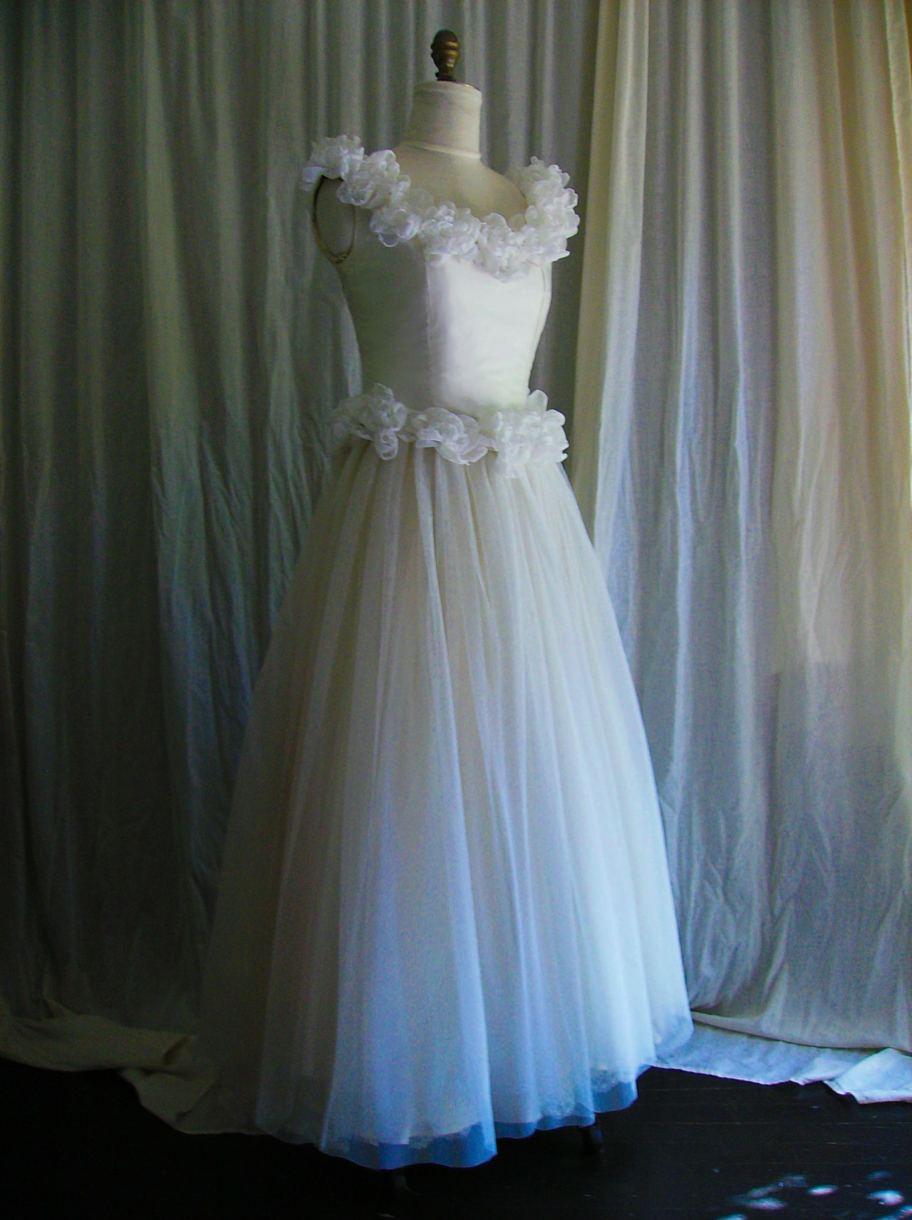 bridal gown, bridal dresses, and bride image