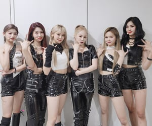 everglow, produce 48, and girl group image