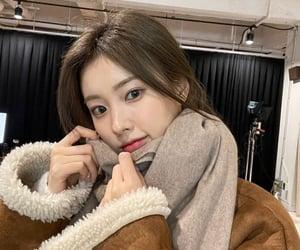 kpop, lang hyewon, and hyewon image