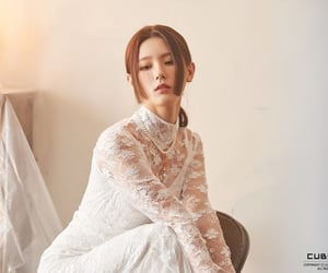 k-pop, miyeon, and g idle image