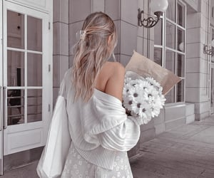 aesthetic, details, and flowers image
