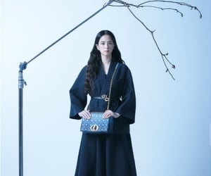 blackpink and jisoo image
