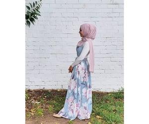 Blanc, dress, and hijab image