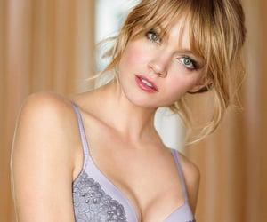 pretty girls and seductive image
