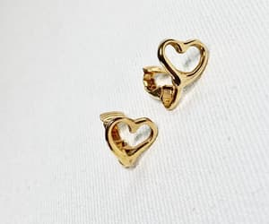 Gold Tone Heart Clip On Earrings Vintage 1980s 1990s Shiny image 0