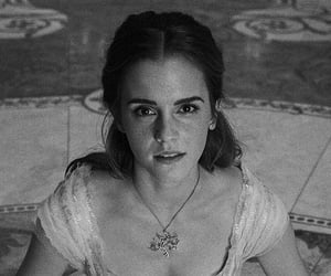 b&w, hermione, and woman image