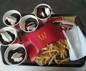 food, helado, and McDonald's image