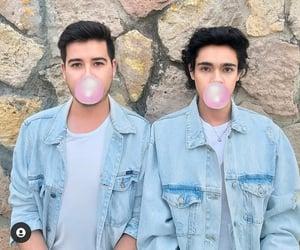 bubblegum, clothes, and denim image