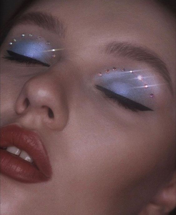beauty, glitter, and maquillaje image