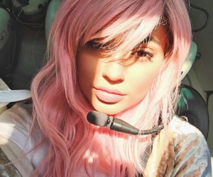 Kylie Jenner pink hair - amazing style - image via People.com