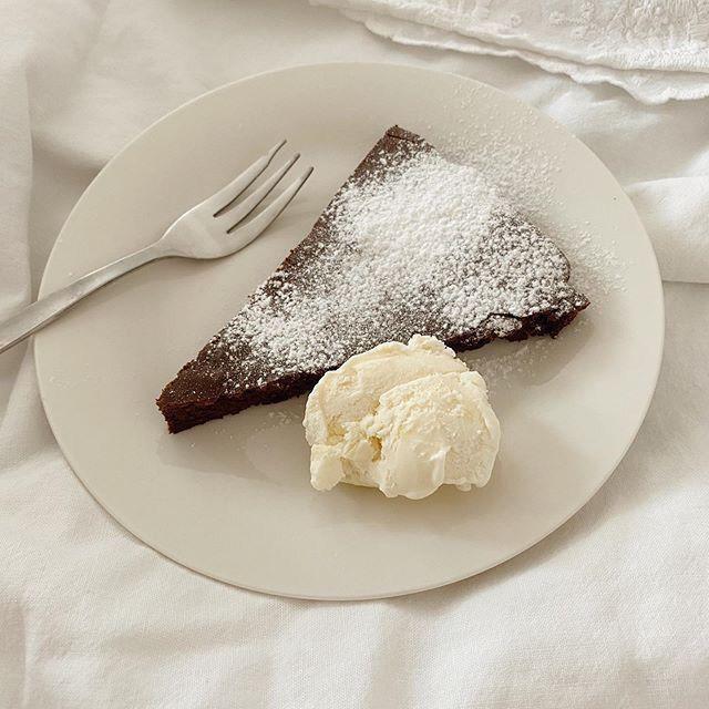 ice cream, cake, and delicious image