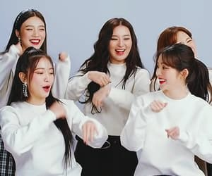 gif, red velvet, and wendy image