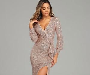 chic, fashion, and robe de soirée image