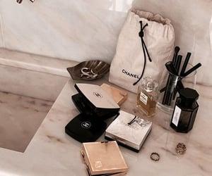 bathroom, city, and makeup image