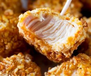 Pretzel crusted chicken bites - Nom-Food!