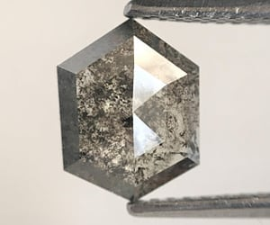 hexagon shape diamond and fancy diamond image