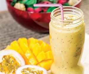 food, smoothies, and verão image