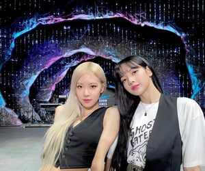 icon, lisa, and rose image