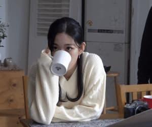kpop, gif, and chaeyoung image