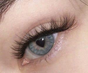 heart eyes image