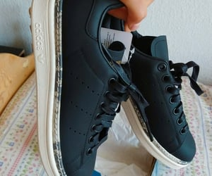 adidas, negros, and stansmith image