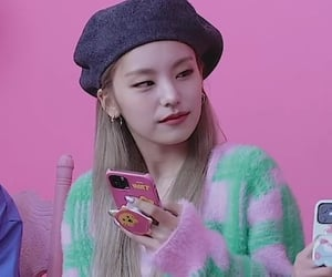 beret, gg, and kpop image