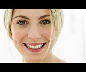 video, how to get flawless skin, and foods for strong bones image