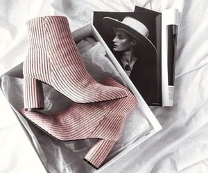 accessoires, rose, and shoes image
