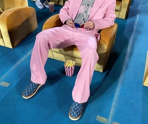 pink suit, he is so cool, and moodz image
