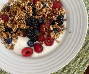 berries, blueberry, and breakfast image