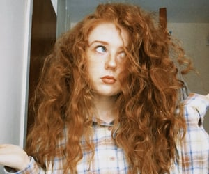 curly hair, red heads, and messy hair image