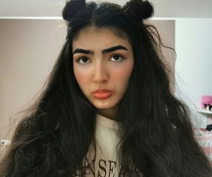 beautiful, bun, and doll image