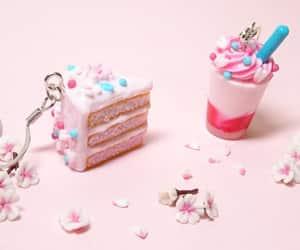 cake, kawaii, and pink image