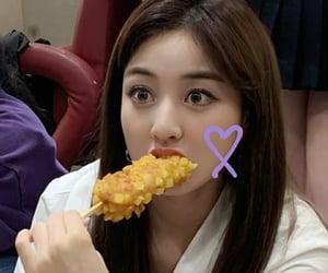 eating, gg, and jihyo image