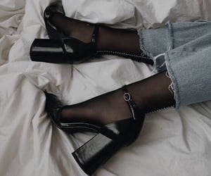 fashion inspiration, shoes, and high heels image