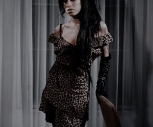 Amy Winehouse, spotify, and theme image