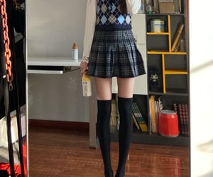 diet, thinspo, and legs image