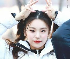 itzy, yeji, and hwang ye-ji image
