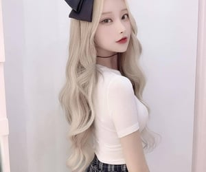 hair, korean, and korean fashion image