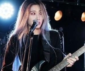 guitar, guitarist, and hyunjung image