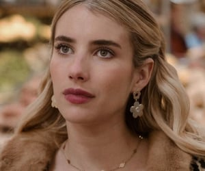 emma roberts, hair, and hairstyle image