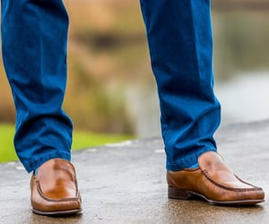 loafers, leather loafers, and black loafer for men image