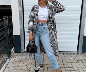 french fashion, outfit, and mom jeans image