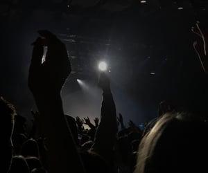 black, menschen, and concert image