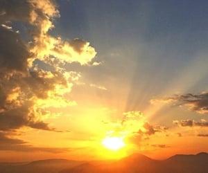 photography, sunrise, and morning vibe image