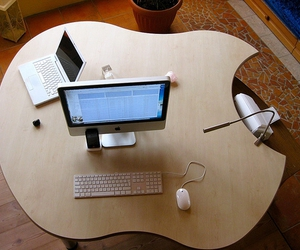 apple and design image