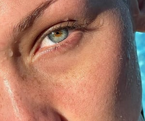 blue eyes, golden, and sun kissed image