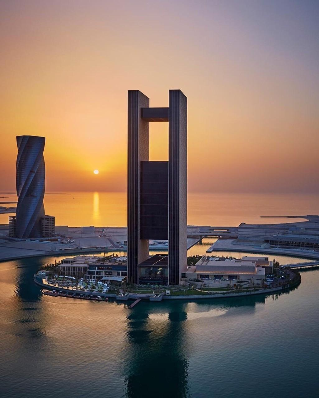 article, bahraini, and muharraq image