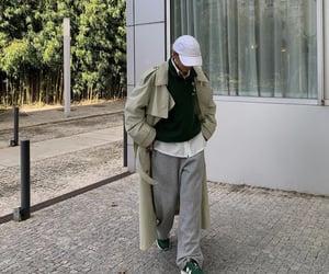new balance, street style, and streetwear image