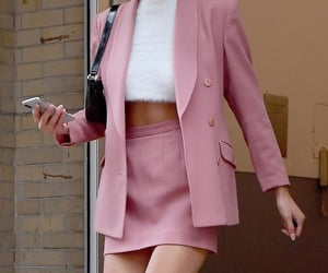 fashionista, look, and pink image